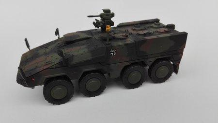 Fertigmodell BOXER A1 Gruppenfahrzeug in FTA-Anstrich